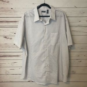 NWOT Van Heusen men's button up